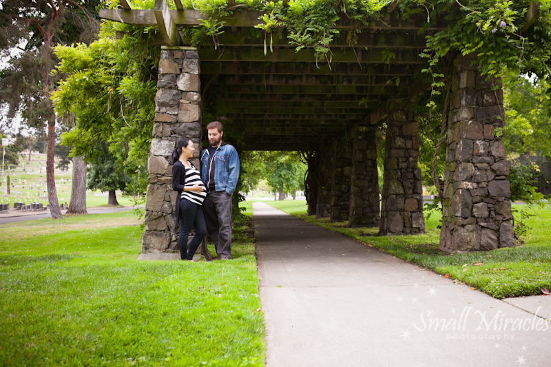 pregnant woman and husband at mountain view cemetary